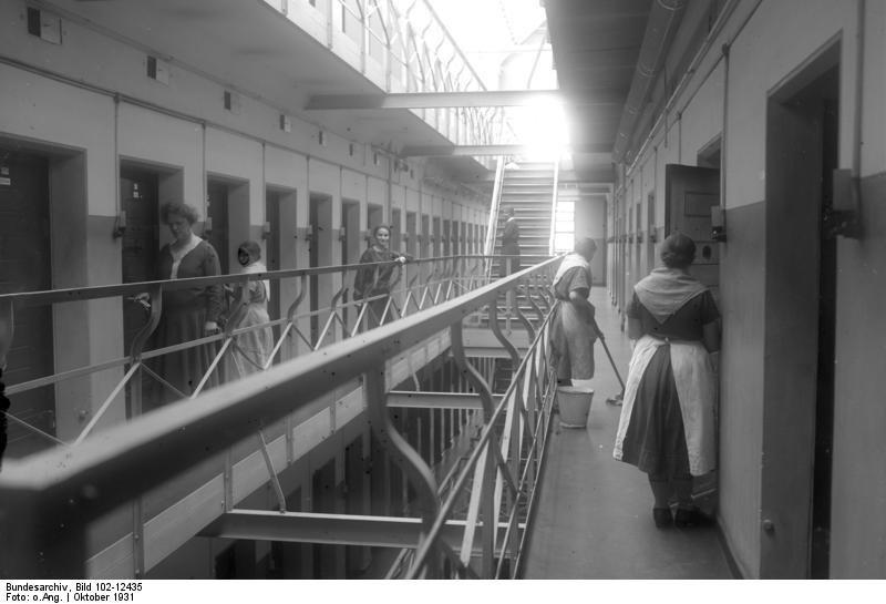 Frauengefängnis 1931