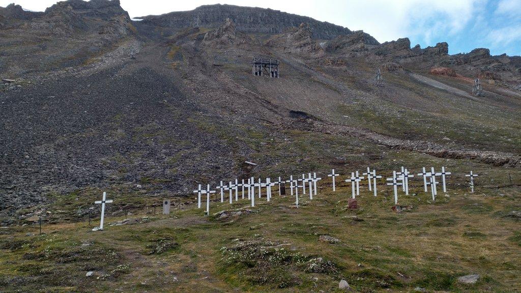 Old Cemetry Longyearbyen